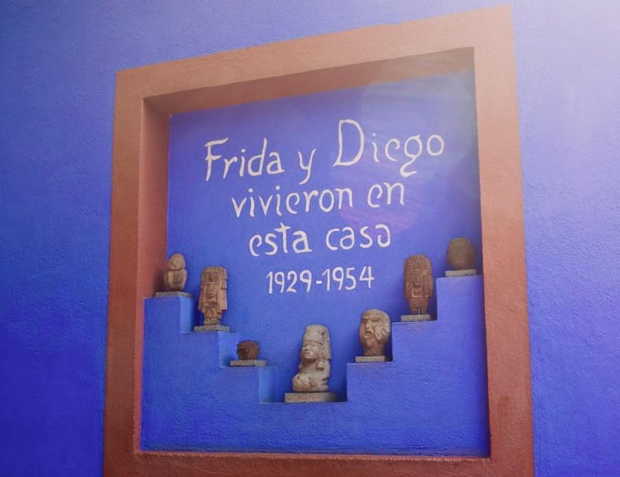 Carte patio interno Casa museo de Frida Kahlo
