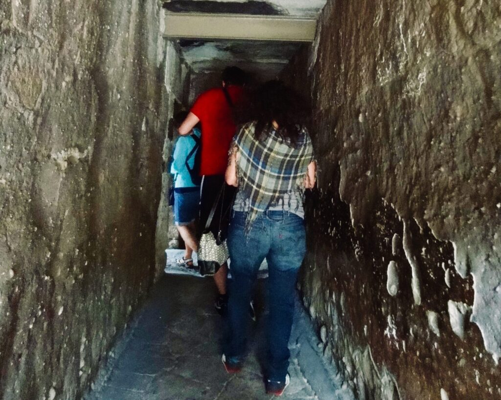 Entrada a las tumbas - Mitla