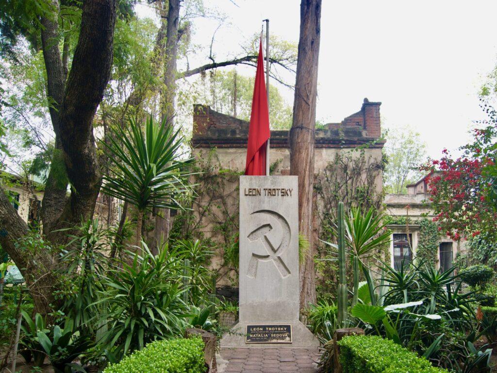 CASA TROTSKY PARQUE MONUMENTO 0